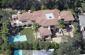 A look at some Celebrity Homes!