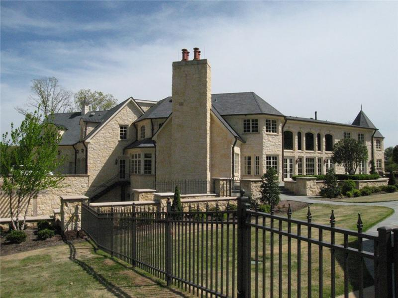 Mega Mansion In The Mountains Of Georgia Homes Of The Rich