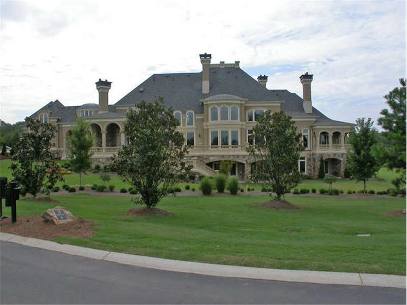 Sugarloaf country club s grandest mansion homes of the rich for Country homes in georgia