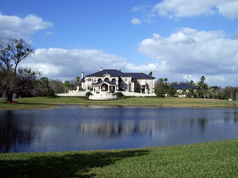 Matt geiger s florida mega mansion fit for nba royalty for Mega mansions in florida